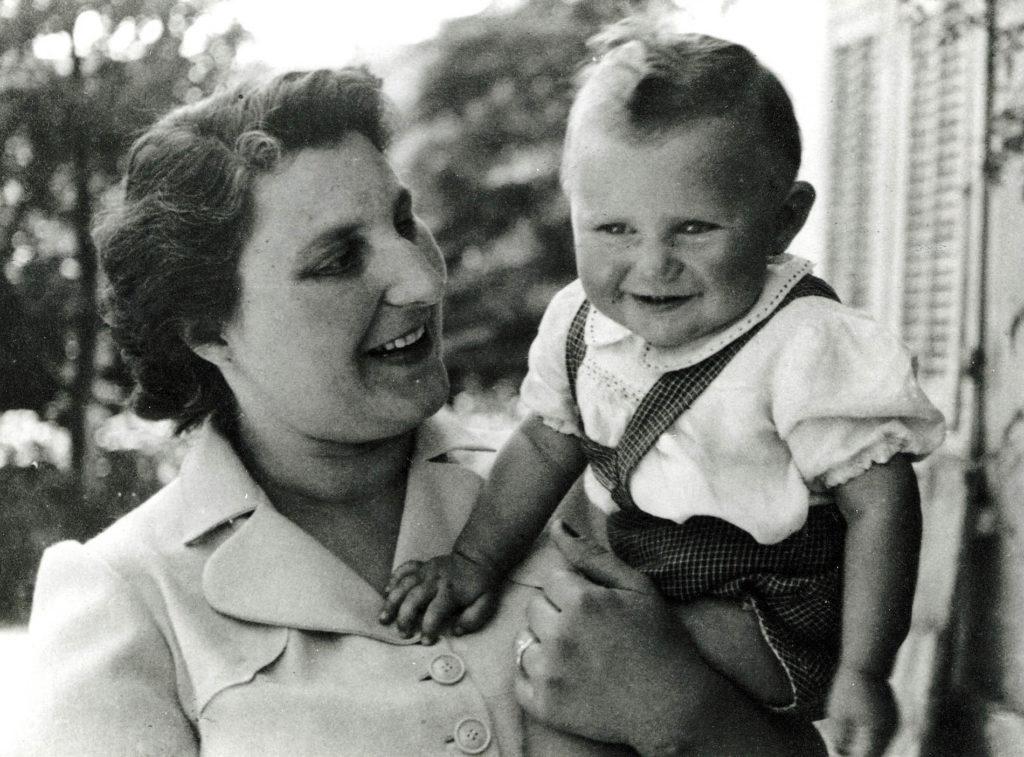 con la mamma