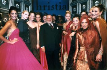 finale dell'ultima sfilata Dior Couture (A/I 96)