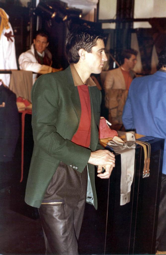 dalla collezione Gianfranco Ferré Uomo A/I 1982-83
